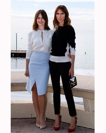 Emily Mortimer y Dolly Wells