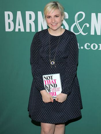 "Lena Dunham en la presentación de ""Not That Kind of Girl"""