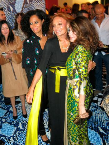 Diane von Fustenberg en la inauguracion de Journey of a dress
