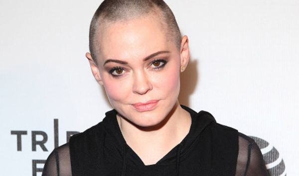 Rose McGowan, obligada a vender su vivienda por Harvey Weinstein