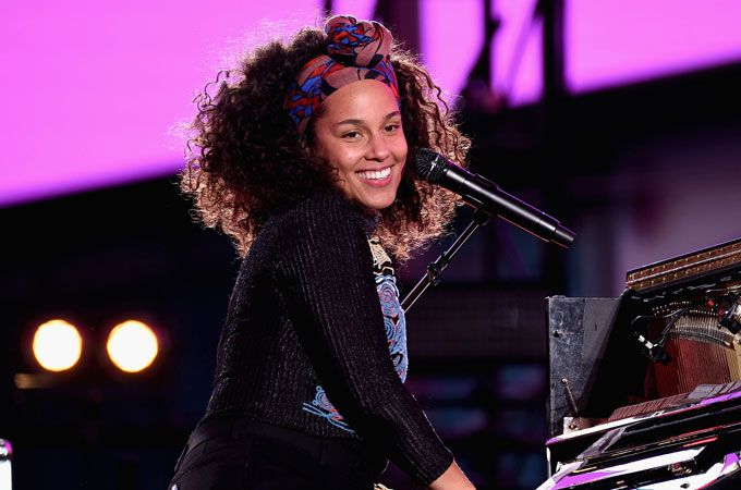 El #nomakeup de Alicia Keys no es real