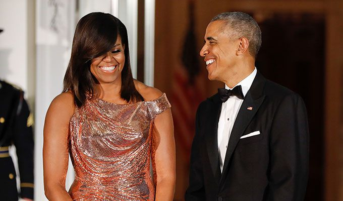 Michelle Obama, espectacular de Versace