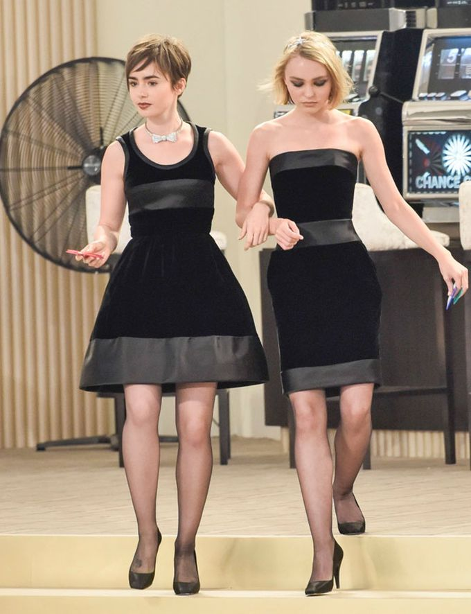 Lily Collins y Lily-Rose Depp