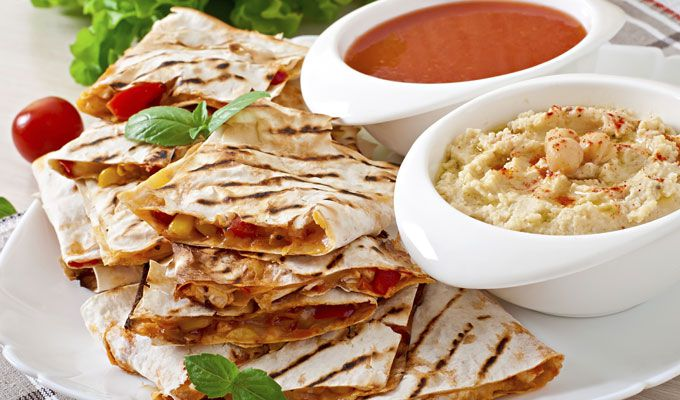 Quesadillas de pollo y hummus