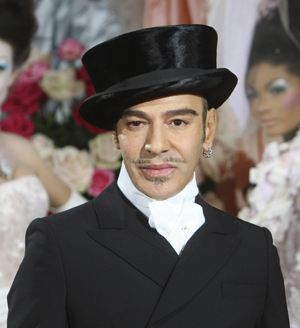 john-galliano-dentro