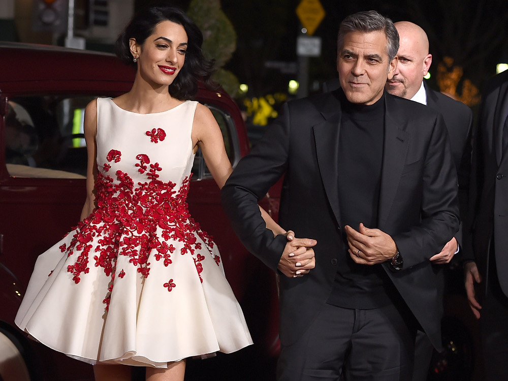 Amal Alamuddin y su mini dress