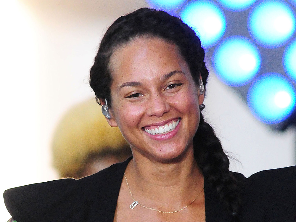 El secreto del look 'no make-up' de Alicia Keys