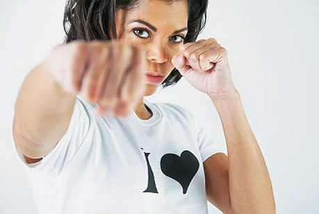 Krav Maga: defensa ante intento de estrangulación frontal